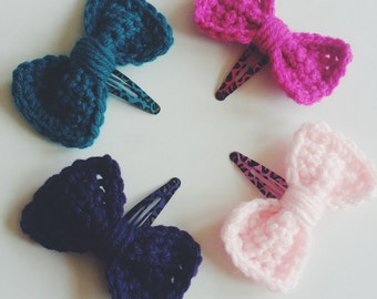 Set of 4 Colored Hair Bows