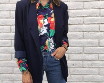 SOLD OUT! VINTAGE 70s / Collard Button Down Blouse with Floral Print