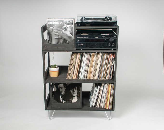 By Collectors For Collectors: The Hamilton Turntable Station