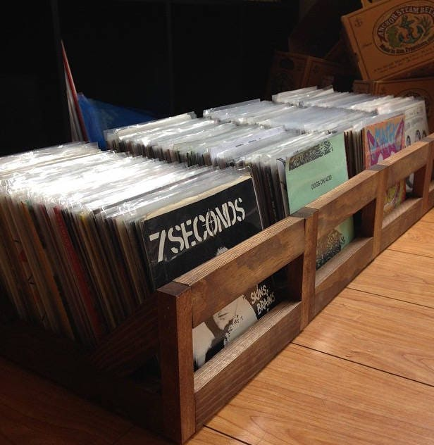 45 rpm/7inch Record Storage Crate // No more empty 12 pack boxes! Finally a proper way to store your 7 and 45u0027s & 45 rpm/7inch Record Storage Crate // No more empty 12 pack boxes ...