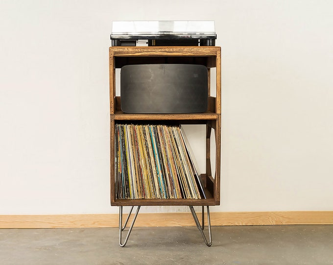 The Half Stack Turntable Station