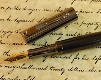 Presidential Fountain Pen with Black Titanium - Free Shipping #ME125