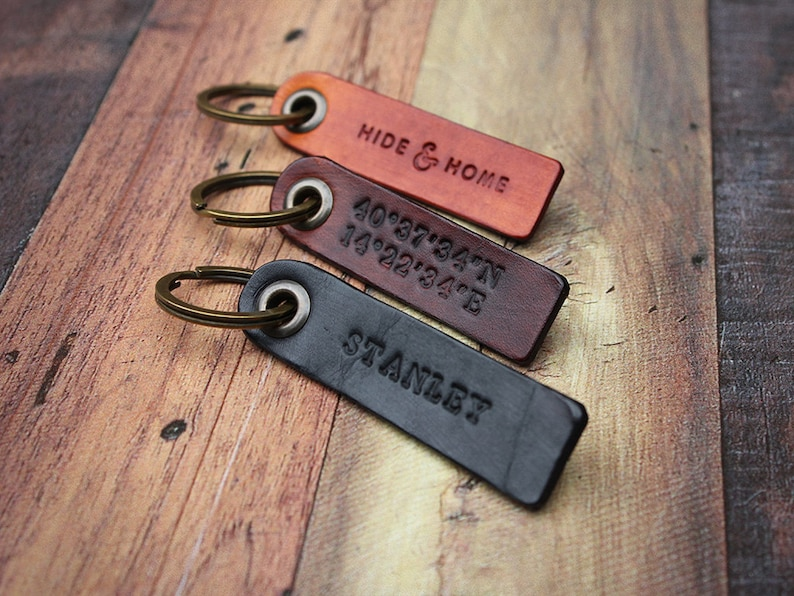 Personalised Leather Key Fob Key Chain Leather Keyring  19e6f3f90