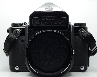 Medium - Format Pentax 6 x 7 MLU body only - 1976