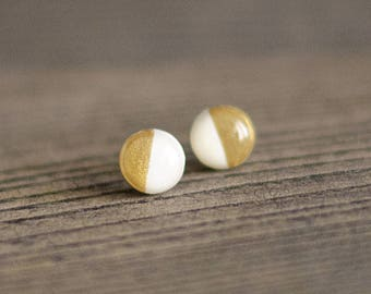Minimalist stud earrings, smalls studs, small earrings, white and gold