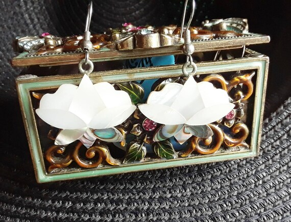 Sterling Silver Mother of Pearl Lotus Earrings, Alpaca Mexico 925 Silver, Handmade and Vintage