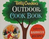 60s Vintage Betty Crocker Cookbook; Betty Crocker Outdoor Cookbook, Barbecue, Picnic, Clambake, BBQ, Cookout, Golden Press, Tom Funk, 1960s