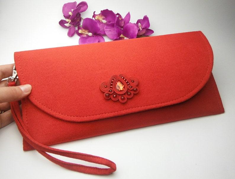 e90c47eba31c0 Soutache TOREBKA KOPERTÓWKA czerwona zamszowa kopertówka