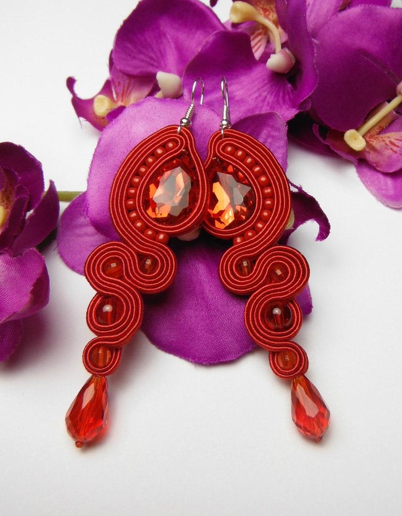 b8c959f5d2c0 Pendientes Soutache cristal Rojo Carmen flamenco larga