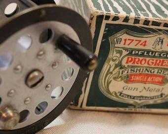 Vintage Classic Pfleuger Progress 1774 Brass Fly Fishing Reel In Original Box