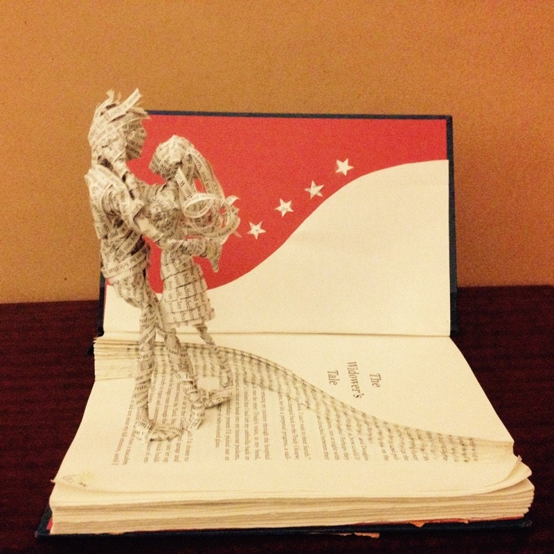 Book sculpture, Lovers, Tolstoy, Romeo and Juliet, Paper sculpture ...