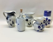 Assortment of 5 Miniature Pottery Pieces Williamsburg 1999 Name Stamp Unreadable Plus Unmarked Pieces Hand Painted Design