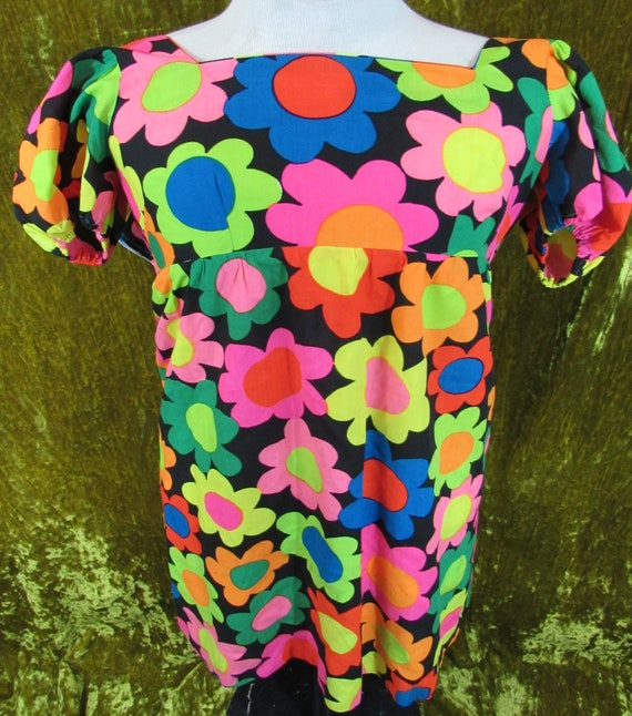 Vintage 60's Bright Neon Flower Pattern Print Dres