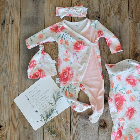 f0226d49275 FLORAL BABY GIRL Set Wrap Onepiece Watercolor Roses Swaddle