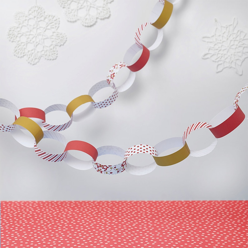 Red Christmas Paper Chain Kit Christmas Decorations Etsy