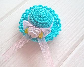 Blue crochet mini hat, Bohemian headpiece, Flower hair barrette, Crochet miniatures, Crochet hair clip, French flower barrette, Knitted hat