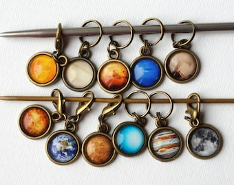 Space Stitch Markers, Gift for Mom, Set of 11 Knitting Markers, Solar System Crochet Markers, Gift for Knitter, Planets Zipper Pull Charms