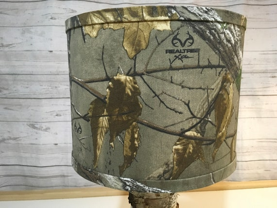 "N025 Small Realtree Camo Fabric Lampshade - 8"" round"