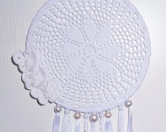 White Dreamcatcher Dream Catcher Crochet Doily Dreamcatchers Wedding decor Boho Bedroom dolies Wall decor Wall hanging Baby mobile Nursery
