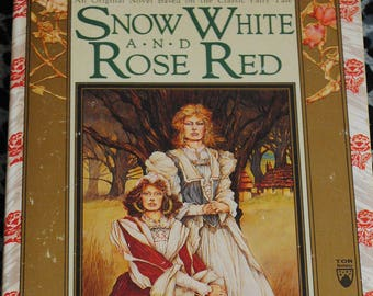 Snow White and Rose Red by Patricia C. Wrede paperback 1990