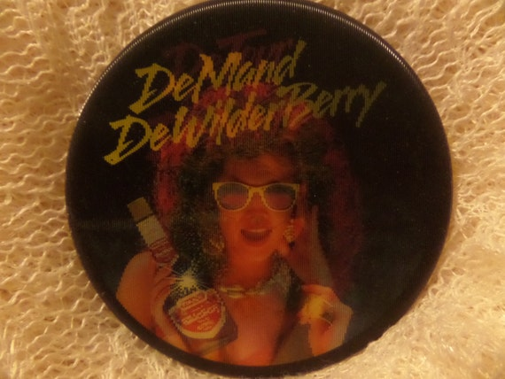Vintage DeWilderberry holographic Apple Computer Marlboro Slurpee 711  enamel buttons or pins