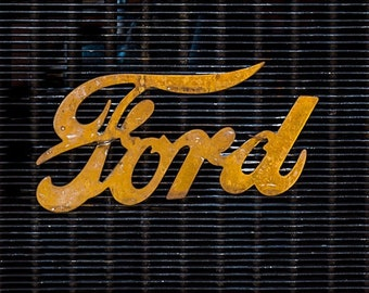 l| FORD IS GOLDEN