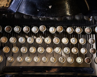 ROYAL TYPEWRITER COMPANY | photograph