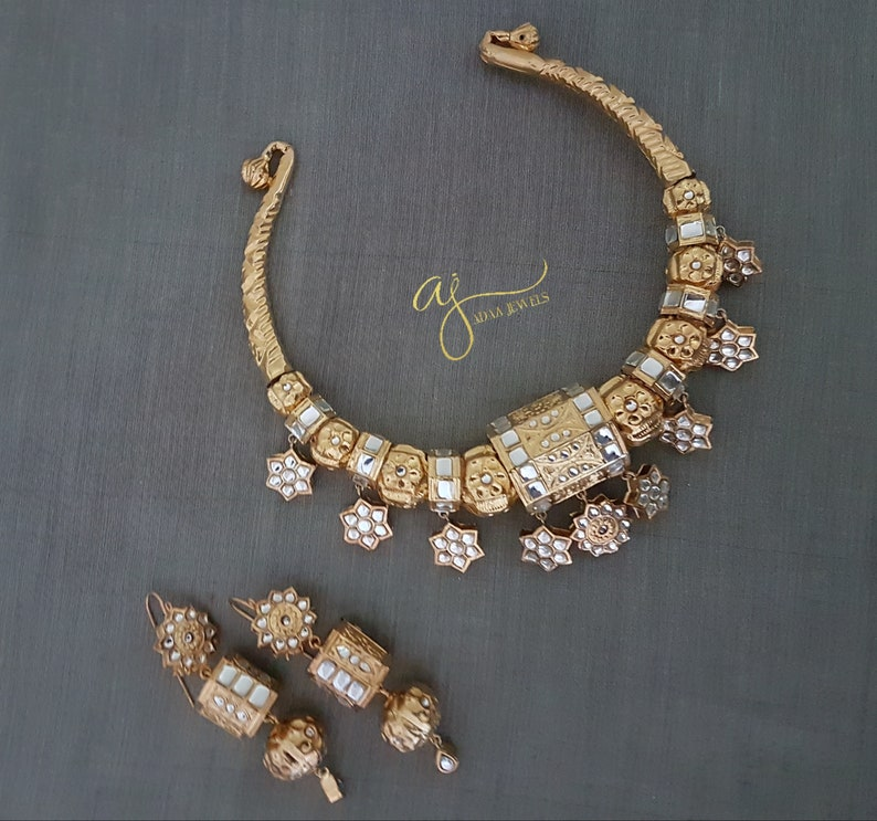 7e3bdd5220f Pakistani jewellery hasli necklace earrings Multani gold