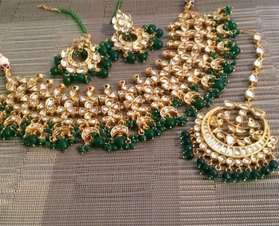 fc68b1391ebb6 Kundan choker set Indian emerald jewelry kundan earrings tika bridal set  Adaa Jewels sabyasachi inspired pakistani designer jewels pearls