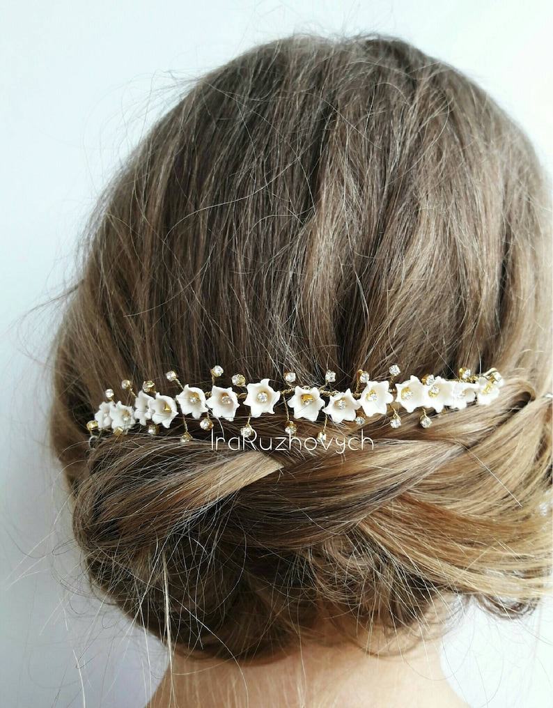 Lily of the valley hair accesories Wedding flowers
