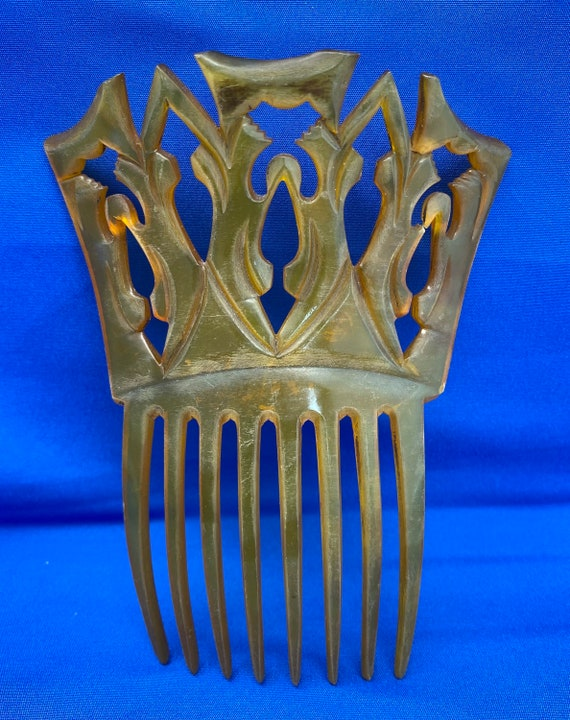 Vintage Hand Carved Clarified Horn Antique Haircomb