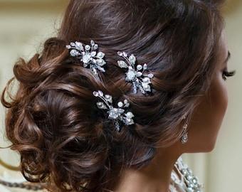 Bridal hair pins Pearl hair pins Wedding bobby pins Crystal Silver hair pins Bridal bobby pins Wedding hair clip Ivory pearl headpiece