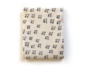 Crib Sheet >> Black and White Flight in Natural > MADE-to-ORDER bird mini crib, cream crib sheet, black and cream bassinet, gender neutral