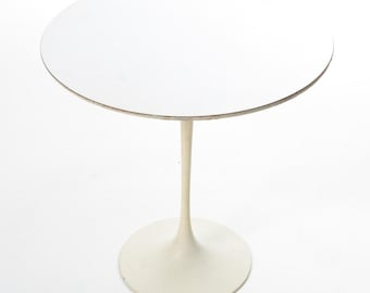 Saarinen Tulip Table Etsy - Original saarinen tulip table