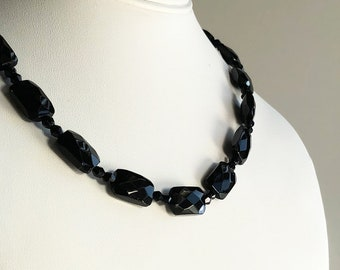 Vintage Black Glass Beaded Necklace, Glass Bead Necklace, Black Necklace, Short Necklace, Vintage Necklace for Women