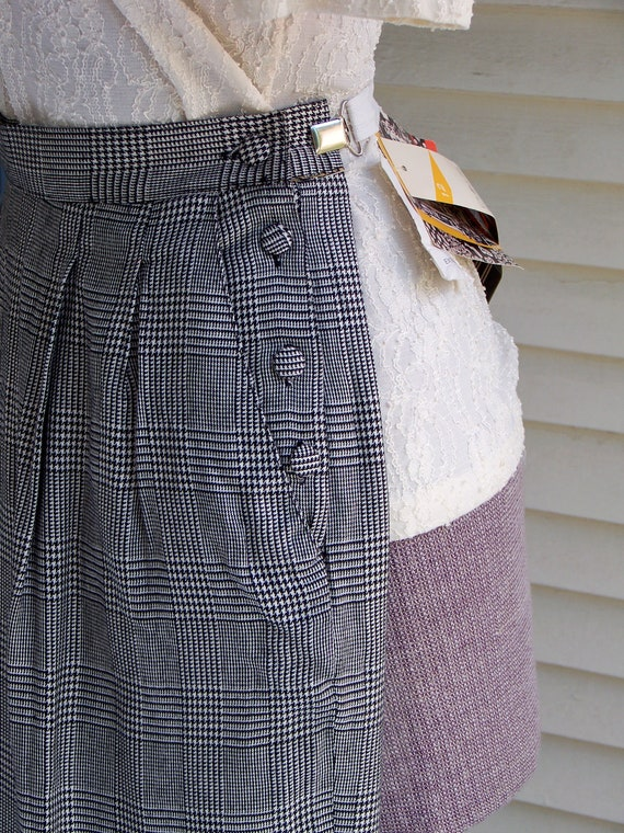 1980s Black & Ivory Houndstooth Plaid Pleated-Fro… - image 5