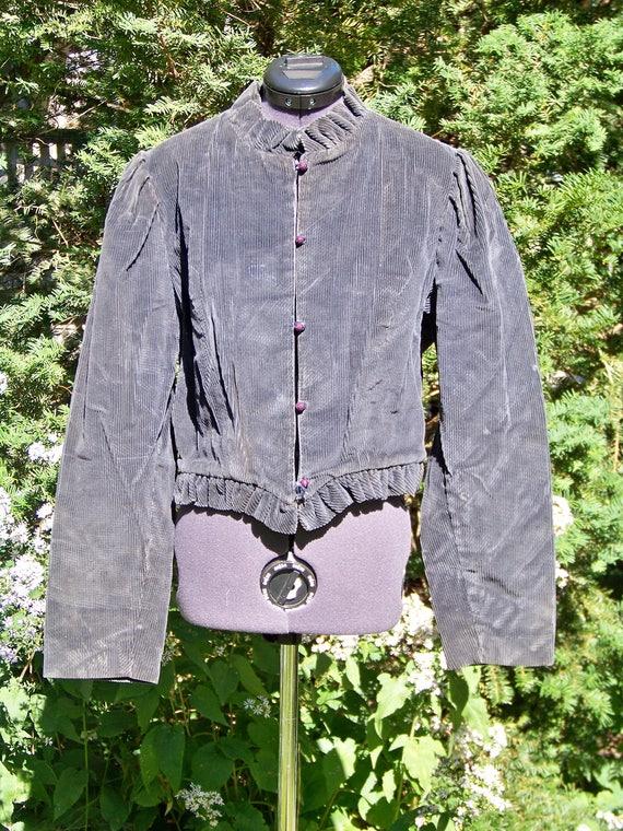 Vintage 1970s Dark Grey Short Cordoroy Jacket with