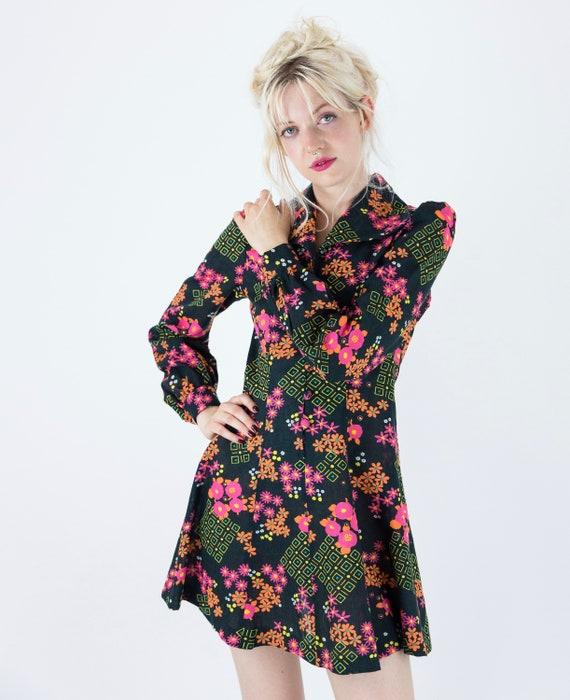 1970s Floral Puff Sleeve Mini Dress - image 5