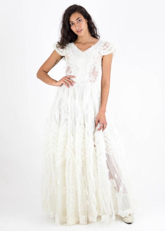 1940's/50s Cream Net Lace Fairytale Wedding Dress
