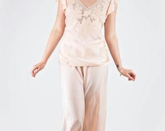 ON SALE Gorgeous Vintage 1940's Peach Silk Embroidered Boudoir Pyjama Set