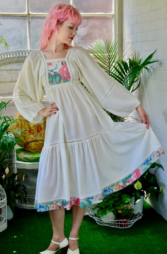 1970's Cream Gauze Floral Detail Poet Sleeve Dress - image 2