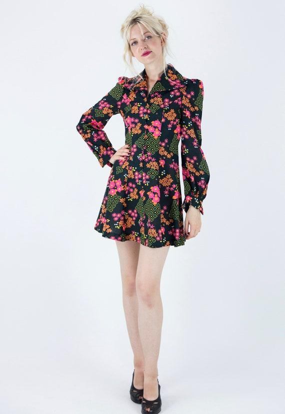 1970s Floral Puff Sleeve Mini Dress - image 6