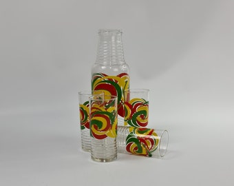 Vintage 70s decanter and glasses