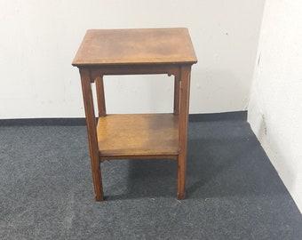Vintage oak side or end table