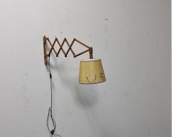 Vintage scissor lamp with amazing kap