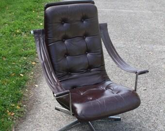 Artifort lounge chair by Geoffrey Harcourt