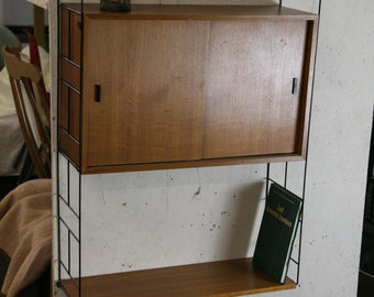 Vintage string like ladder shelving system by Moda