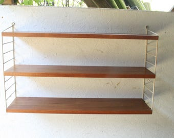 vintage string shelving /nisse strinning /mcm/danish modern/made in sweden