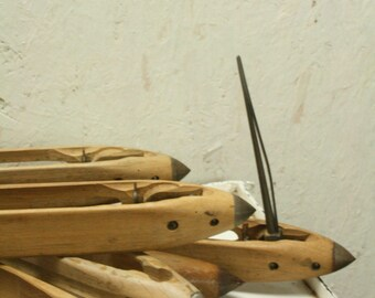 vintage weaving shuttles by schmeing