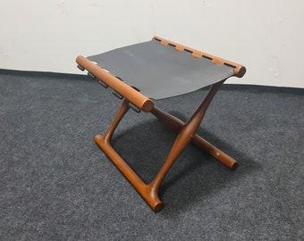 Vintage folding stool in teak By POUL HUNDEVAD